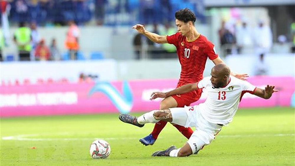 Đội tuyển Việt Nam học về VAR, tìm cách hóa giải Nhật Bản